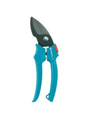 GARDENA Градински ножици Classic с максимален диаметър на рязане 18 мм.