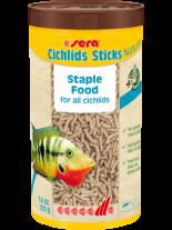 Sera Cichlids Sticks Nature - специално разработена основна храна за едри всеядни цихлиди - 1000 мл.