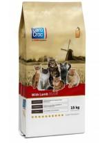 CAROCROC CAT LAMB 31/18   - суха храна за котки от всички породи над 1 година с агнешко - 15 кг.