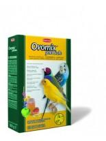 Padovan - Ovomix gold Giallo - Хранителна добавка за канарчета, вълнисти папагали и екзотични птици - за подсилване на жълтия цвят - 0.300 кг.